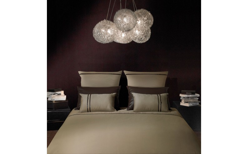 Housse de couette kim n marron glac collection satin liou for Housse de couette marron