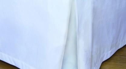 Cache sommier de couleur blanc
